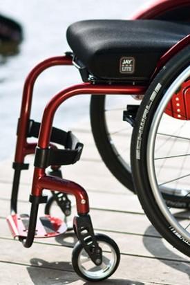 Aktivna invalidska kolica s fiksnim okvirom