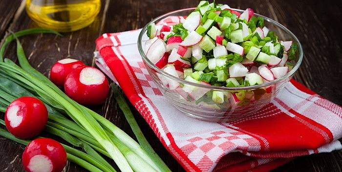 rotkvice-salata-700x352